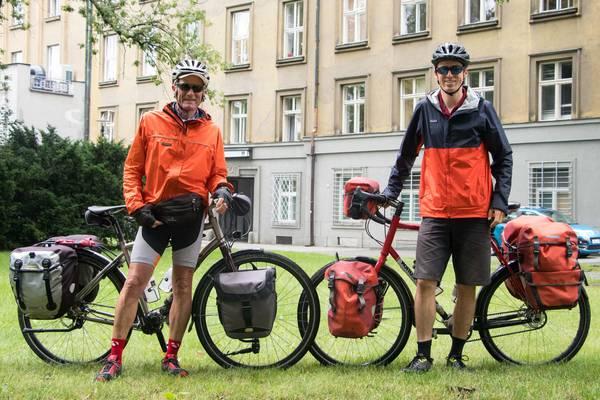 comfortable cycling saddle