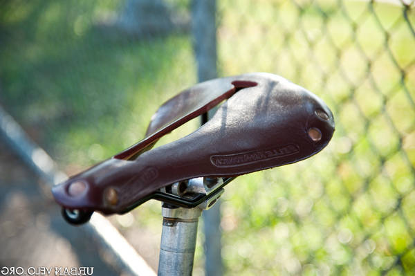 best cycling touring saddle